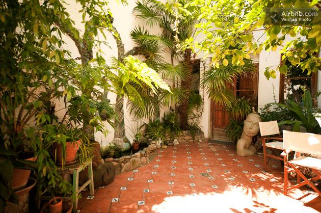 Apartamento con patio en el Albaycin