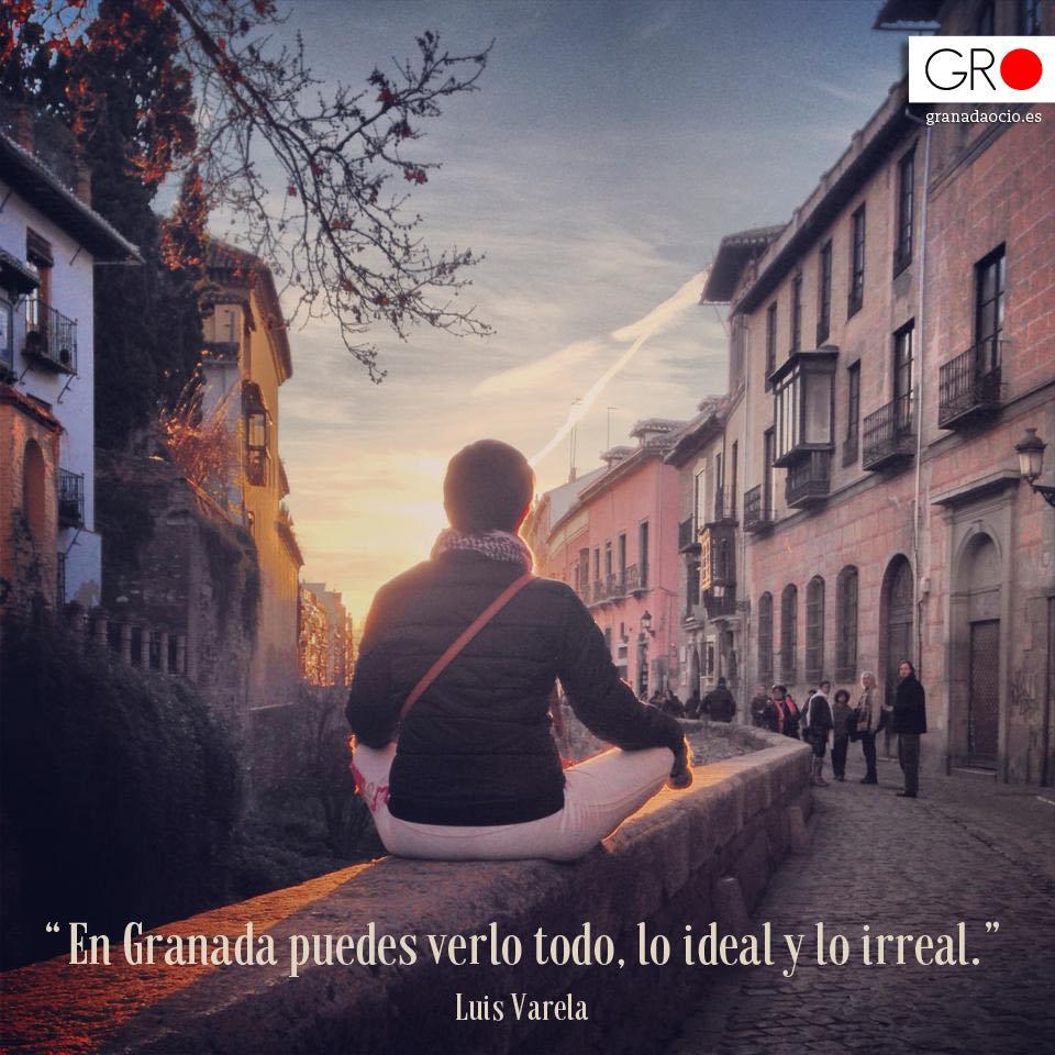 Atardecer invernal en el Paseo de los tristes de Granada