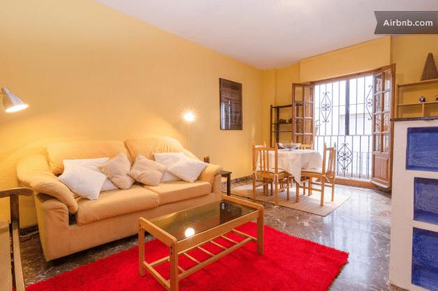 Bonito apartamento en zona de Alhambra